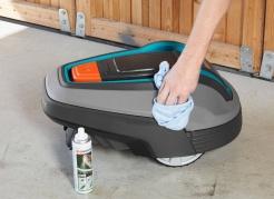 Sada pro údržbu a čištění robotické sekačky Gardena