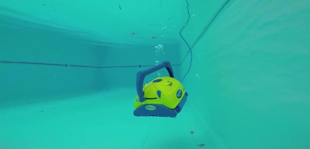Představení bazénového vysavače Aquabot BRAVO