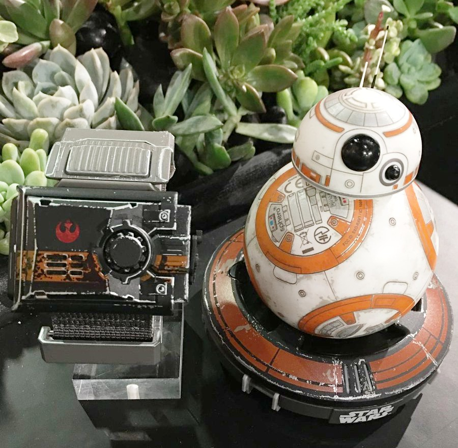 Sphero Bb 8 Star Wars Special Edition Bundle Bb8 By App Enabled Droid Pedstaven Speciln Edice Force Band