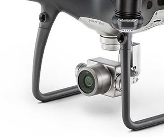 Kvalitní kamera s 4K Ultra HD a mechanickou stabilizací